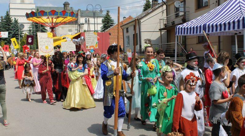 Międzynarodowy Festiwal Kultury Dziecięcej Pacanów 2019 – nasz udział w Bajkowym Korowodzie